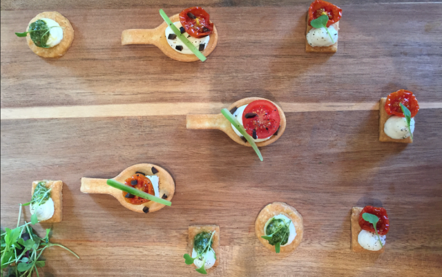 canapes, party food